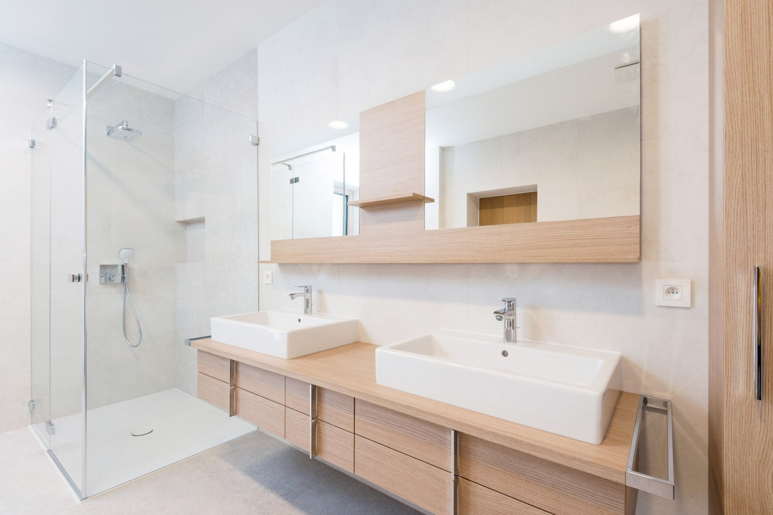 Badkamer Renovatie Limburg : Badkamerrenovaties van calster voor en na