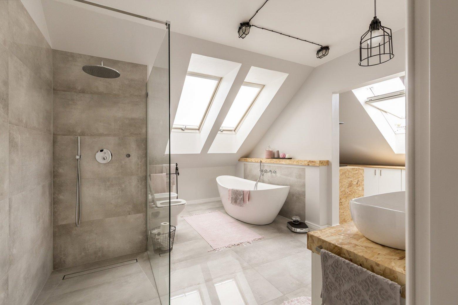 Renovatie Badkamer Tegels : Badkamerrenovaties van calster: voor en na