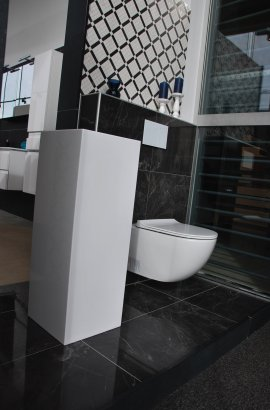 Strak toilet.jpg