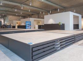 Ruime & overzichtelijke toonzaal vloeren en badkamerrenovaties Hasselt.jpg