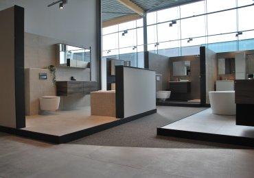 Bezoek onze volledig vernieuwde toonzaal in Aartselaar! Meer dan 1.500 m² vloer- en badkamerinspiratie.